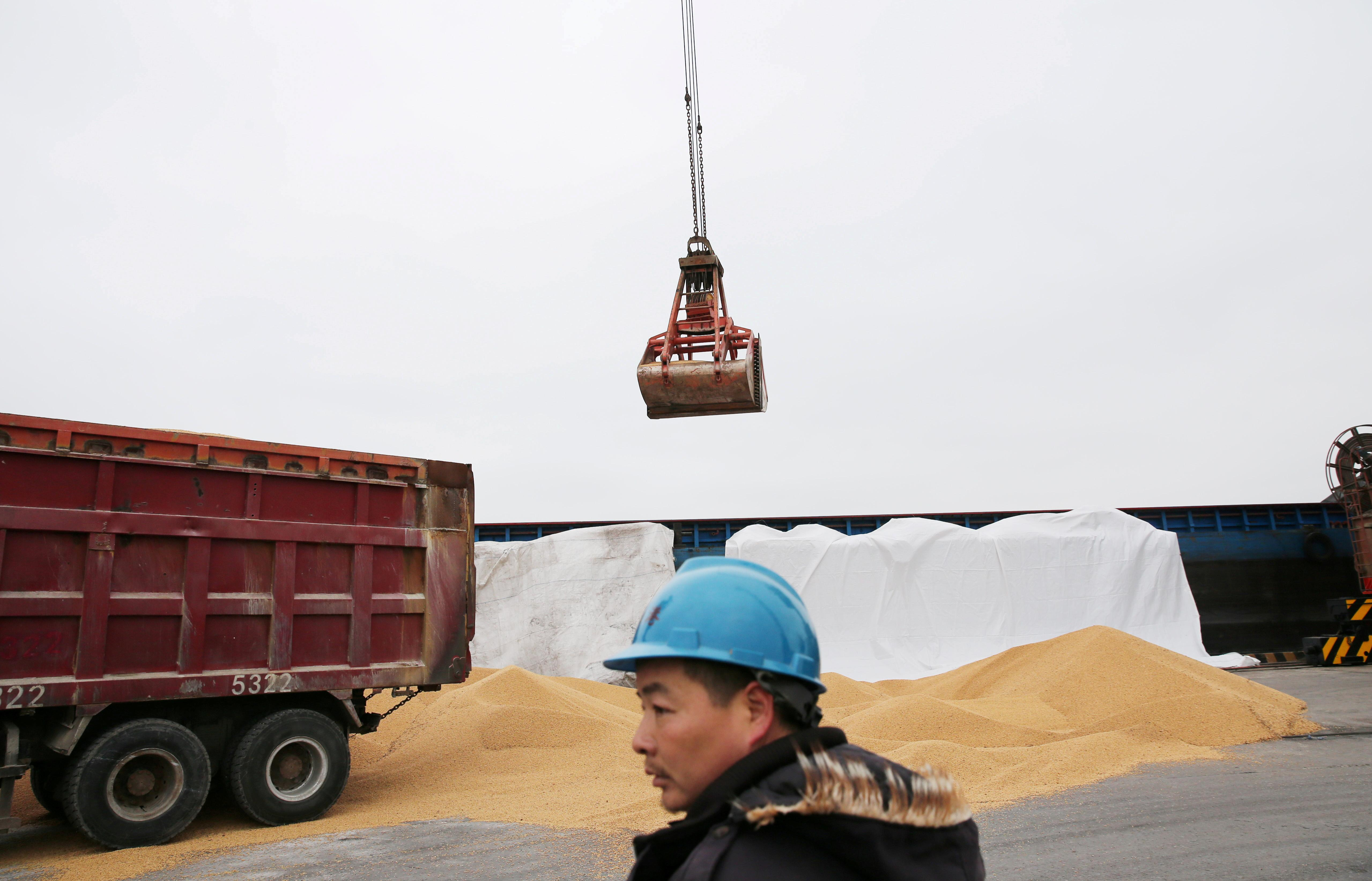 China March soy imports jump from February as U.S., Brazil beans arrive
