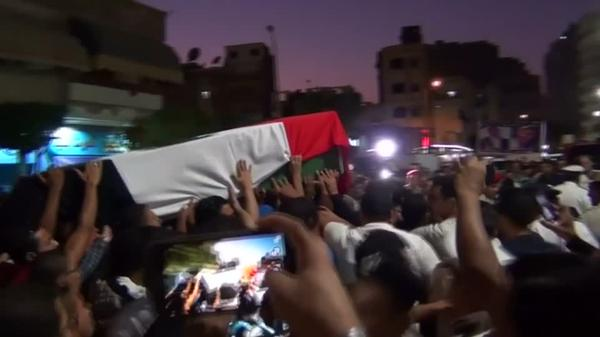 Hundreds mourn Egyptian police attacked by militants