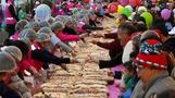 Mexicans mark feast of the Three Kings with giant cake