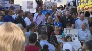 Firearms debate rages as FL rally coincides with gun show