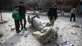 U.N. delays vote on Syria ceasefire, as deadly missiles fall