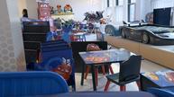 Toys 'R' Us vendors scramble for shelf life as doors shut