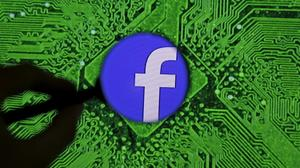 #DeleteFacebook? Privacy proves hard to protect online