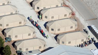 Protesters flock to immigrant children camps