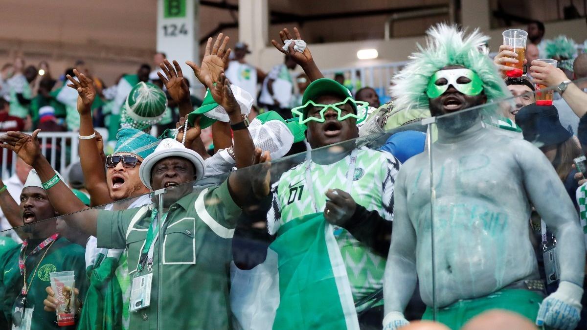 Online betting kicks off in soccer-mad Nigeria