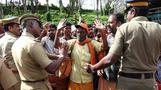 Tensions at Indian temple over female pilgrims