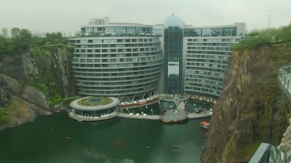地下15階建て、中国にオープンする高級ホテルの驚くべき構造(字幕・15日)