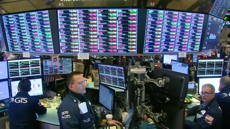 Wall Street tumbles