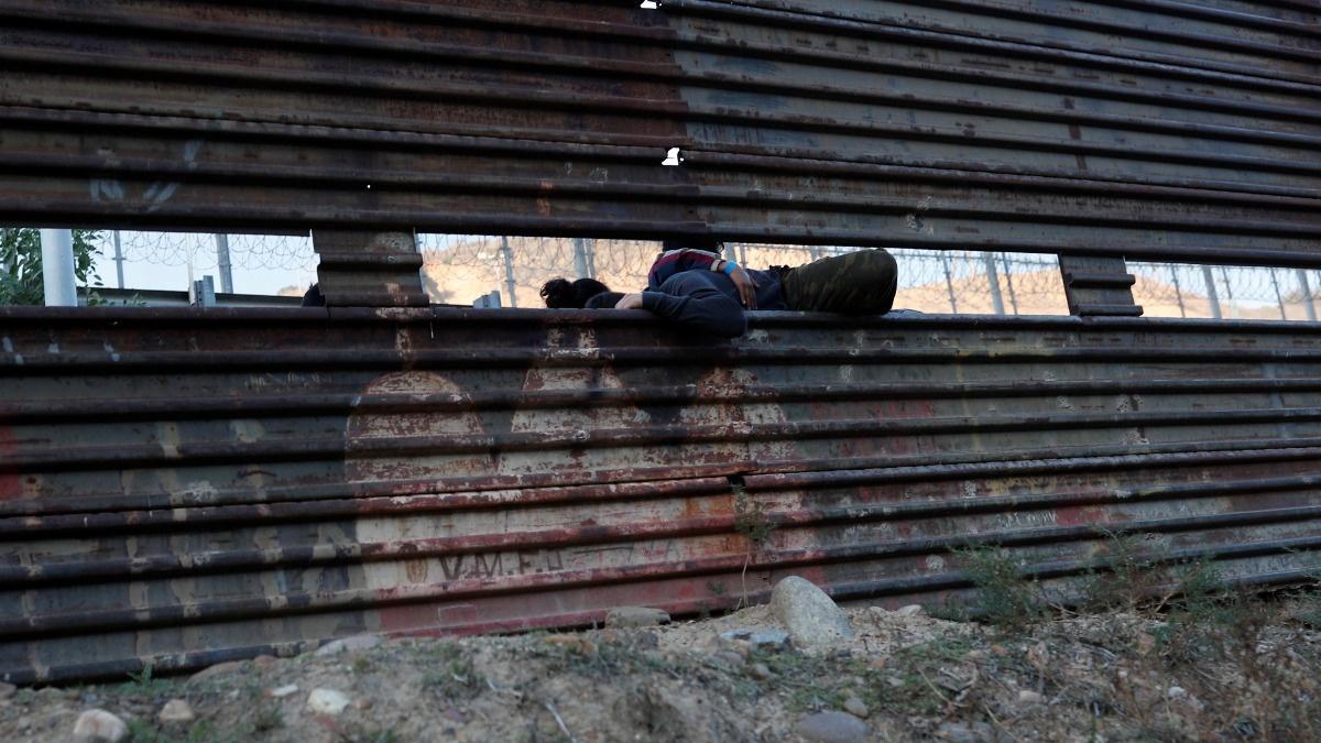 Hitting a wall: Shutdown looms over border funding