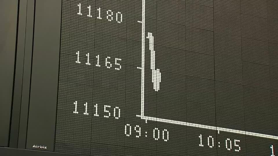 European shares stumble after weak Chinese GDP data
