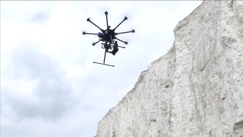3D-mapping drones battling cliff erosion
