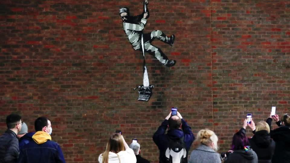 Banksy may have scaled prison wall for latest work