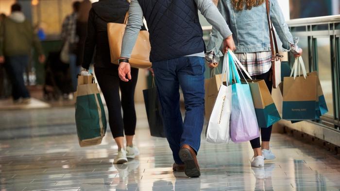 U.S. economy surges 3.2 percent in first quarter