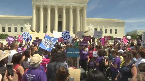 Abortion-rights activists vow fight over Roe v. Wade