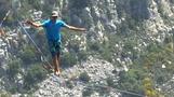 南アルプスで高さ300メートルのスラックライン(字幕・9日)