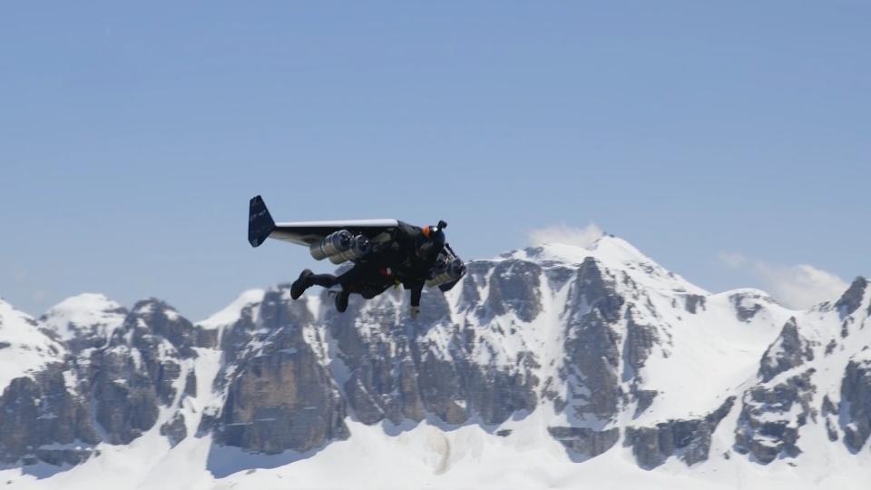 """Jetman"" Reffet soars through the Italian Alps"