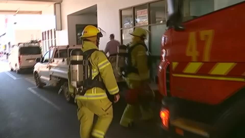Quake of magnitude 7.5 shakes Australian city