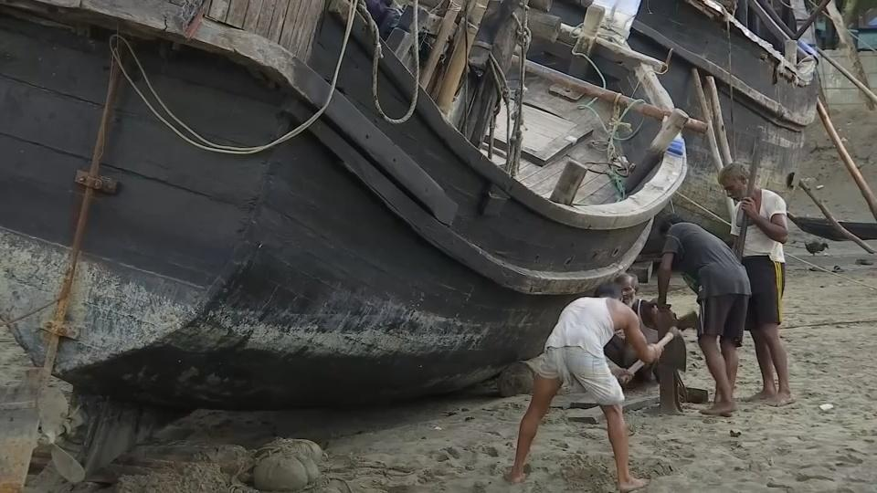 High & dry: fishermen left struggling by Bangladesh fishing ban