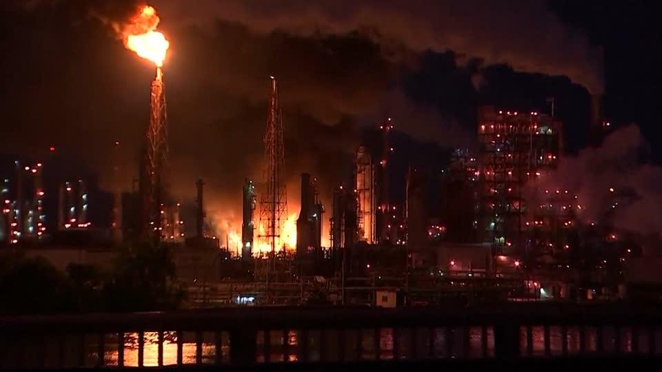Philadelphia refinery could close for good - sources