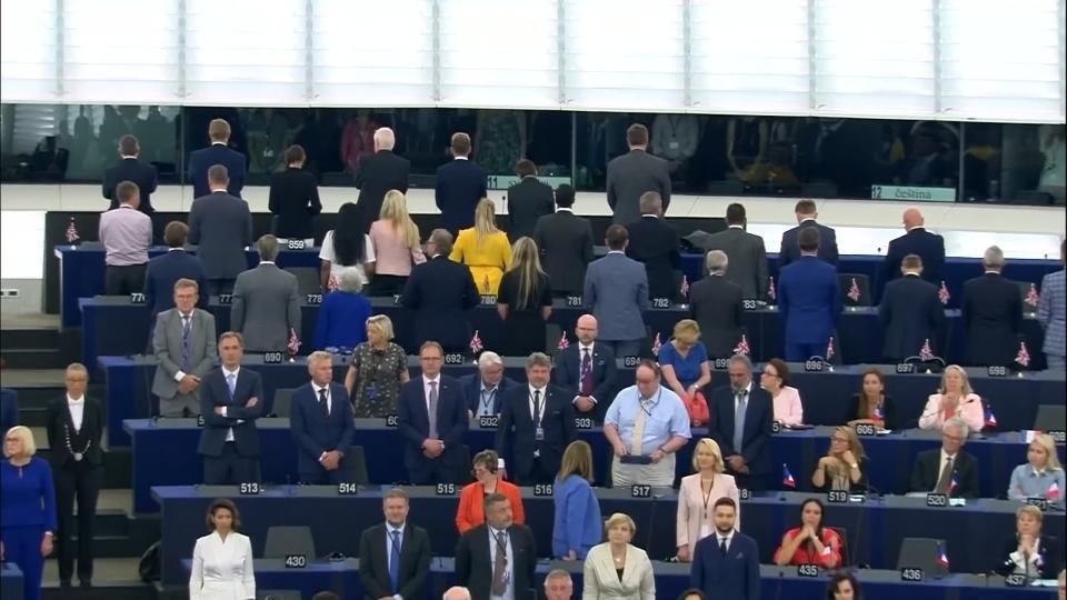 Brexit Party MEPs turn back on EU anthem | Reuters com