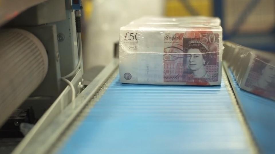 Sterling hurtles towards 2017 lows as outlook darkens