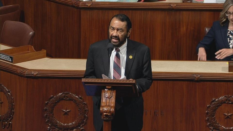 Rep. Green files articles of impeachment against Trump