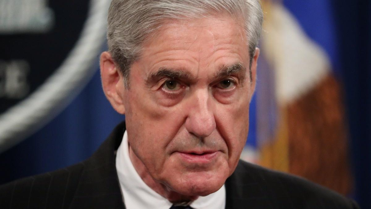 Top Democrat wants Mueller to bring report 'to life'