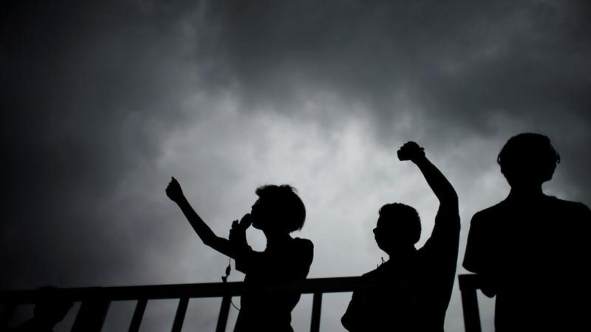 Facebook, Twitter spot fake posts on HK protests