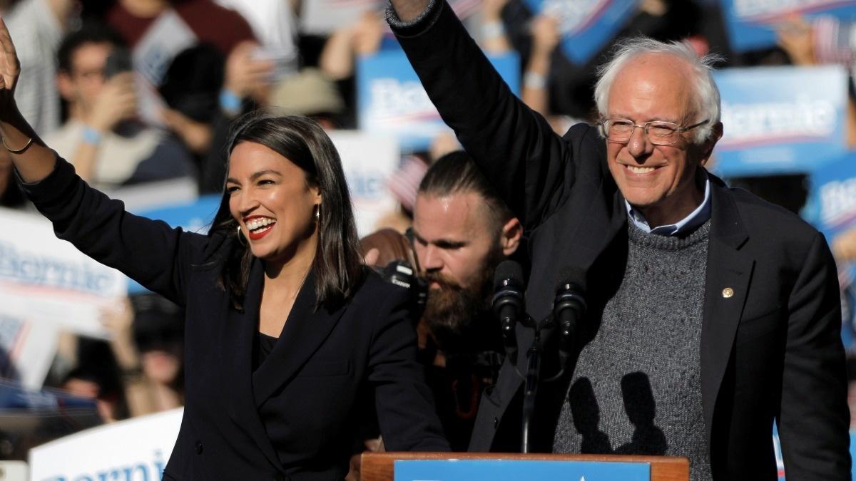 Ocasio-Cortez joins Sanders for rally in Iowa