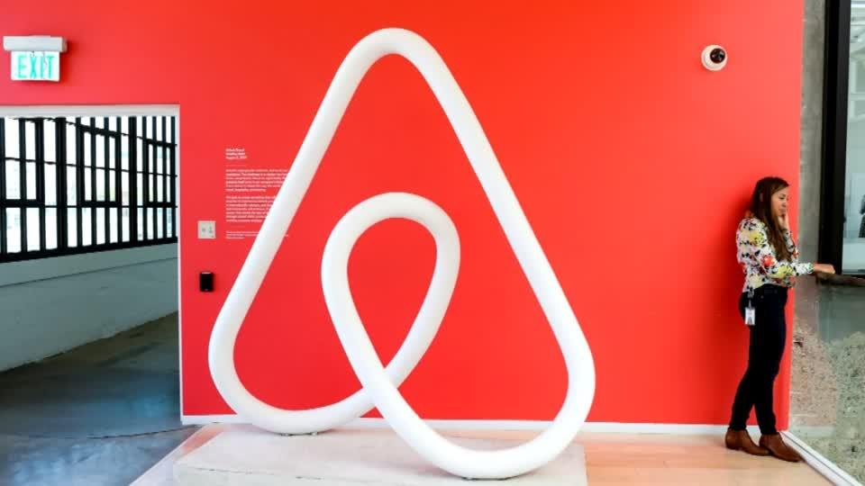 Paris mayor rings alarm over Airbnb Olympic deal
