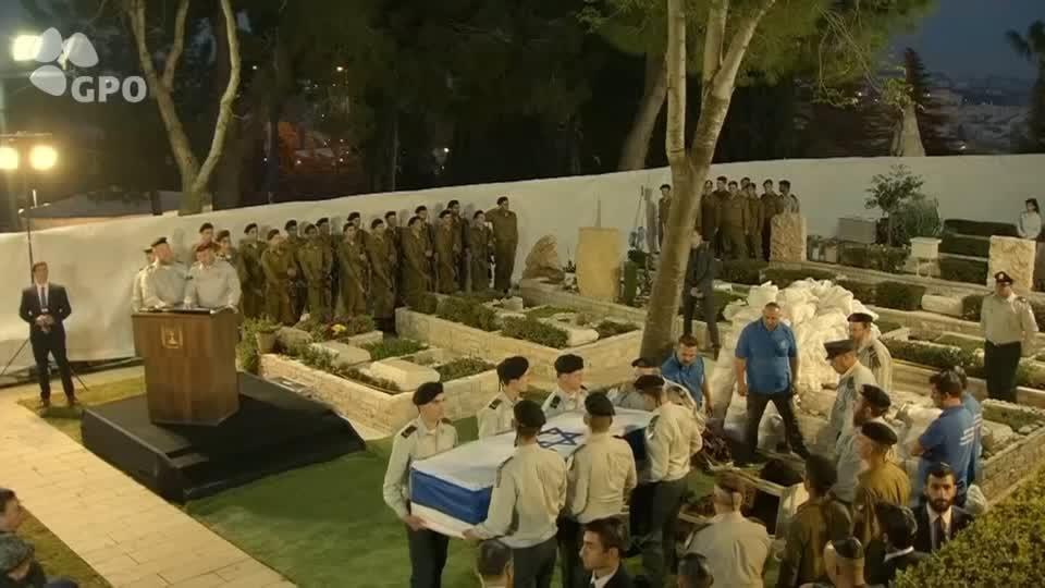 Israel frees two as 'goodwill' for return of soldier's remains from Syria