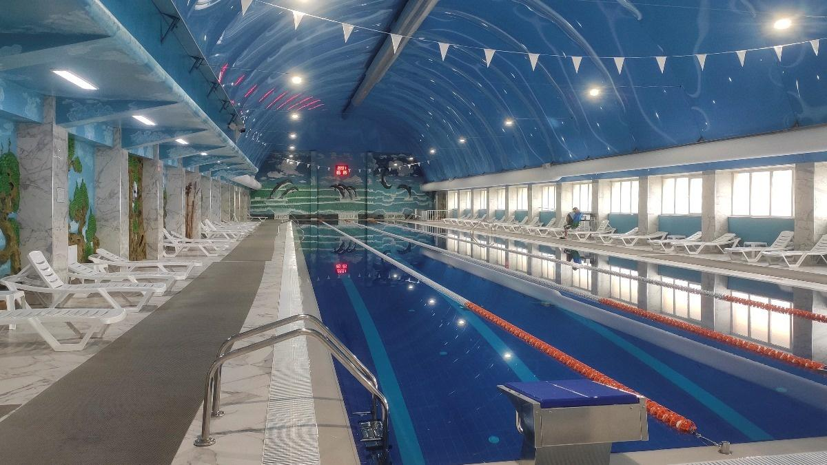 Women banned from Russian swimming pool