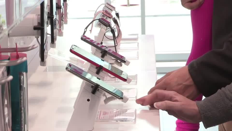 SoftBank kicks off $21 bln T-Mobile stake sale