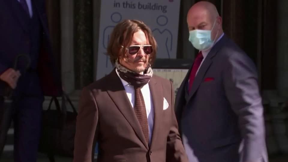 Depp tells court poop in bed ended his marriage