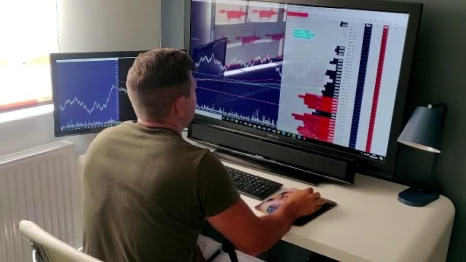 Platforms cheer the rise of the lockdown trader