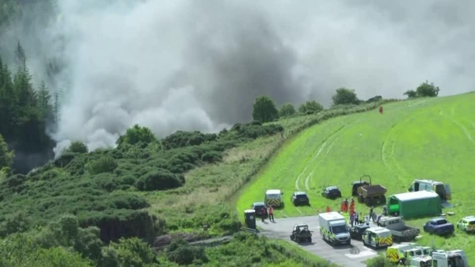 Train derails in 'major incident' in Scotland