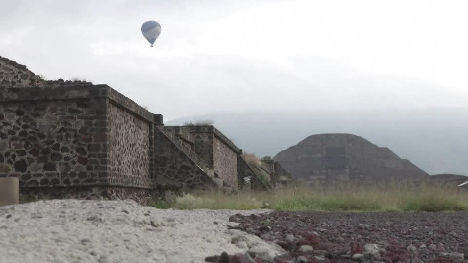 Mexico's famous Teotihuacan pyramids reopen