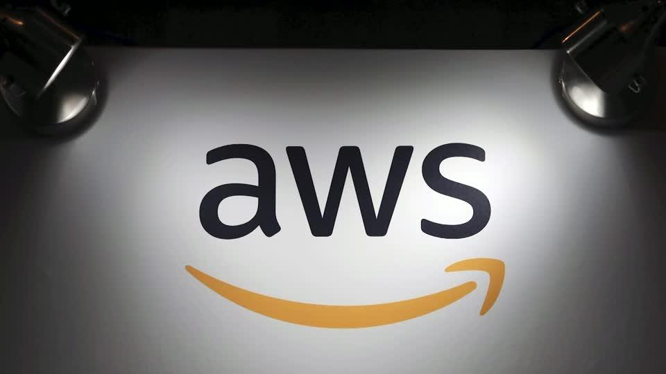 Amazon's cloud service outage hobbles several sites