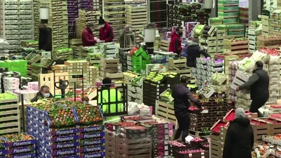 Should we rush to save the Christmas economy?