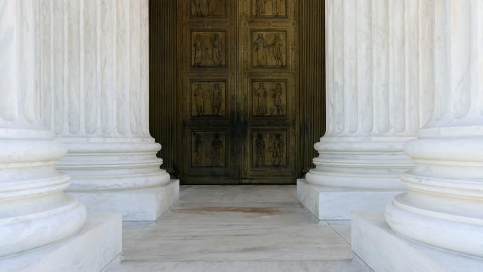 SCOTUS weighs Trump's contentious census bid