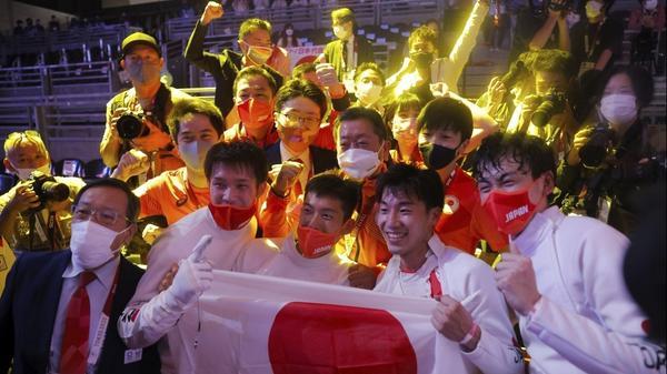 フェンシングが初の金、柔道女子・素根が金 ジョコ準決勝敗退 東京五輪30日のハイライト(字幕・30日)