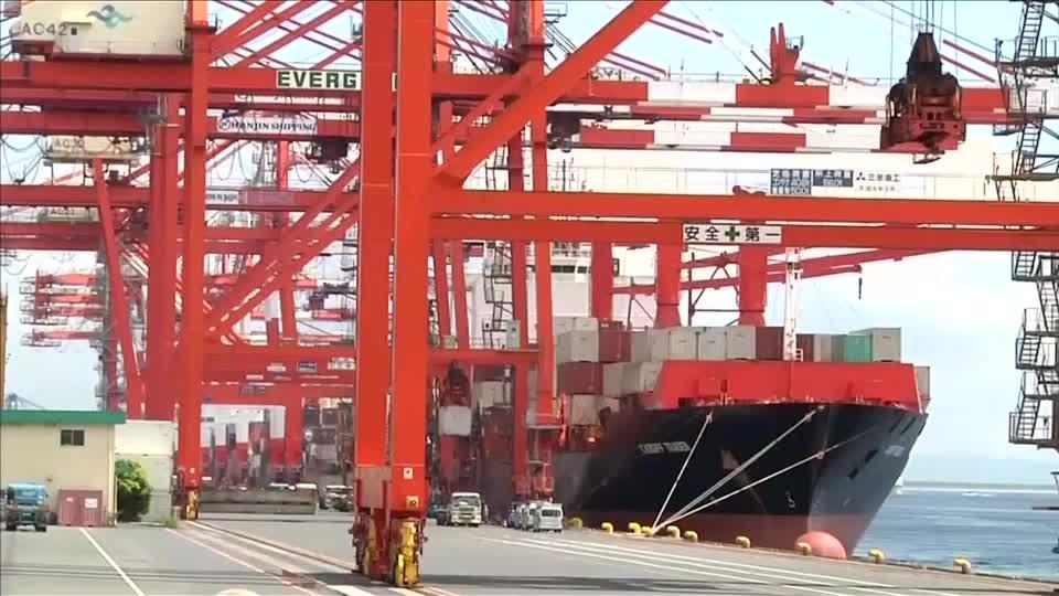 Japan export growth cools as supply chain stalls