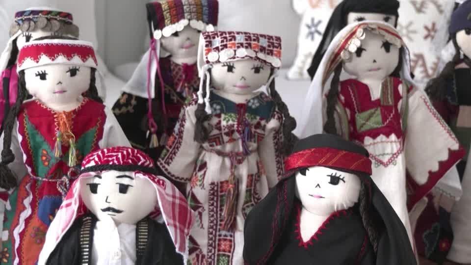 Jordanian's doll project helps preserve Arab heritage