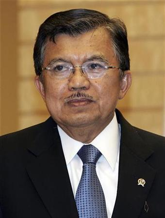Indonesian Vice President Jusuf Kalla is seen prior to meeting Japanese Prime Minister Shinzo Abe at the prime minister's official residence in Tokyo in this May 25, 2007 file photo. Kalla, who opposes legalizing marijuana, doesn't mind the drug being used in cooking, a newspaper reported on Wednesday. REUTERS/Junko Kimura/Pool