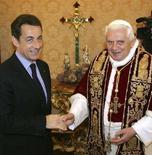 <p>Il Papa e il presidente Nicolas Sarkozy durante l'incontro di oggi. REUTERS/Alberto Pizzoli/Pool (VATICAN)</p>
