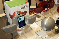 <p>Immagine di uno degli stand al Consumer Electronics Show di Las Vegas. REUTERS</p>