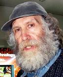 <p>Бывший чемпион мира по шахматам Бобби Фишер в японском аэропорту Нарита 24 марта 2005 года. Бывший чемпион мира по шахматам Бобби Фишер скончался в возрасте 64 лет, сообщил представитель шахматиста в пятницу. (REUTERS/Yuriko Nakao)</p>