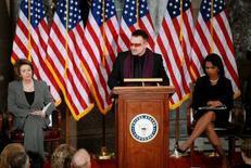 <p>Il cantante degli U2 Bono. REUTERS/Jonathan Ernst</p>