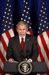 <p>Президент США Джордж Буш выступает в Танзании с признанием независимости Косово 19 февраля 2008 года. (REUTERS/Jim Young)</p>