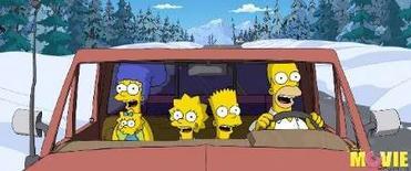 """<p>Venezuela ha retirado de su programación televisiva la serie de dibujos animados estadounidense """"Los Simpson"""", considerando el programa como una influencia potencialmente negativa para los niños, y ha llenado su parrilla de la mañana con reposiciones de la serie sobre playa y biquinis """"Los vigilantes de la playa"""". En la imagen, una escena de la película de """"Los Simpson"""", con los personajes Marge, Maggie, Lisa, Bart y Homer. (Handout/MCT)</p>"""